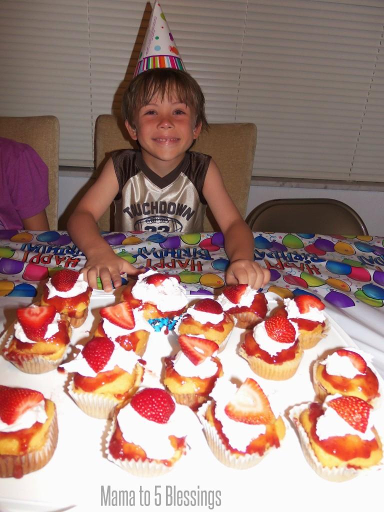 strawberry shortcake bday