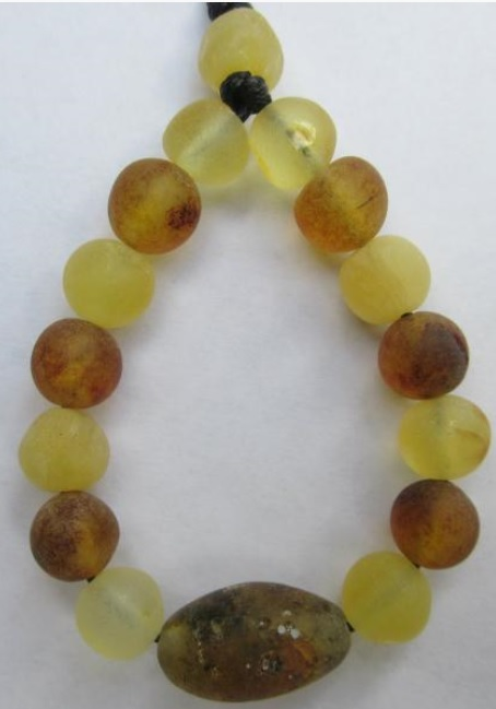 spark of amber nursing necklace 1
